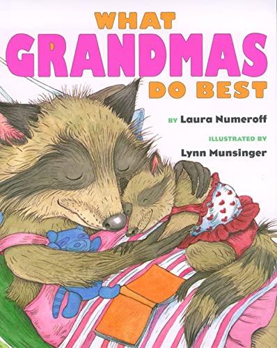 9780689847004: What Grandmas Do Best