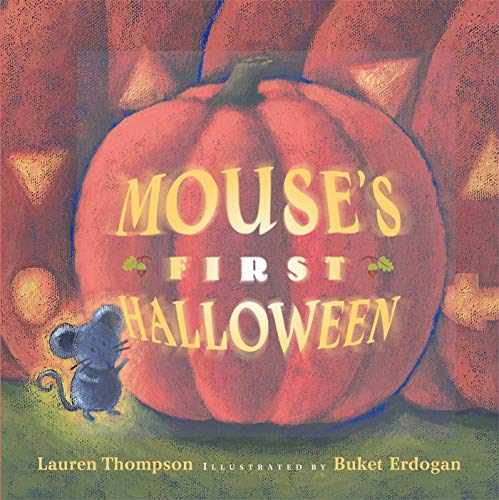9780689855849: Mouse's First Halloween (Classic Board Books)