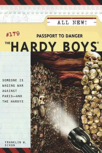 9780689857799: The Hardy Boys #179: Passport to Danger