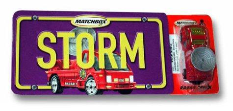 9780689862045: Storm (with radar truck)