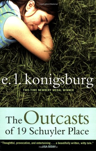 9780689866371: The Outcasts of 19 Schuyler Place