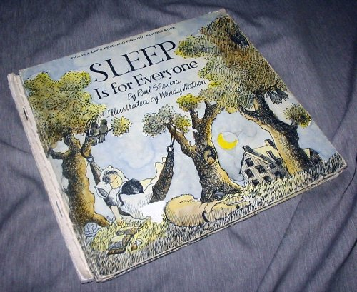 9780690004250: Sleep is for everyone (Let's-read-and-find-out science books)