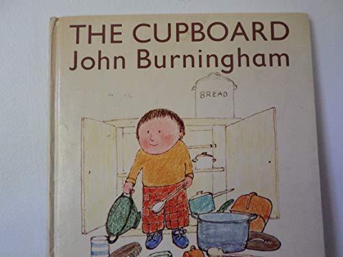 9780690013009: The Cupboard (Little Books)