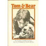 9780690041378: Tom And Bear The Training of a Guide Dog
