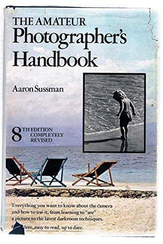 9780690057829: The Amateur Photographer's Handbook