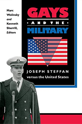 9780691019444: Gays and the Military