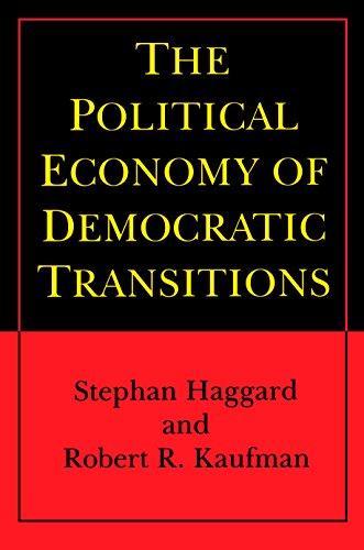 The Political Economy of Democratic Transitions (Princeton Paperbacks) - Haggard, Stephan
