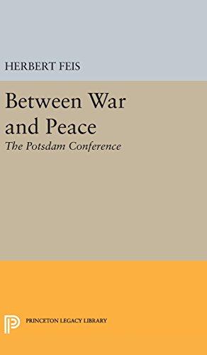 9780691649870: Between War and Peace (Princeton Legacy Library)