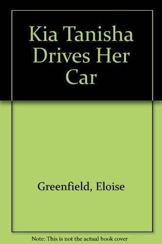 9780694008483: Kia Tanisha Drives Her Car