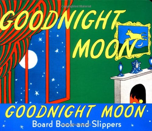 9780694010080: Goodnight Moon Board Book and Slippers