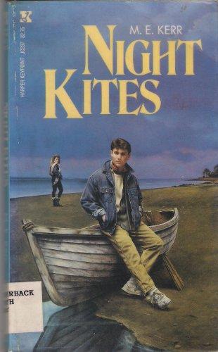 9780694056163: Night Kites (Harper Keypoint Book)