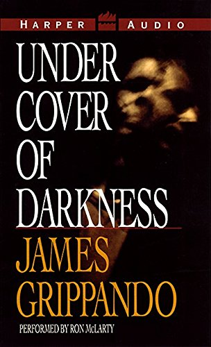 9780694522606: Under Cover of Darkness