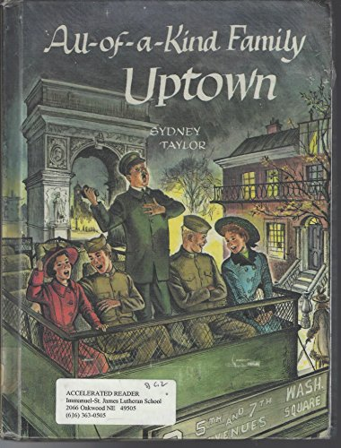 9780695802851: All-Of-A-Kind Family Uptown