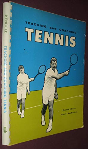 9780697074102: Teaching and coaching tennis