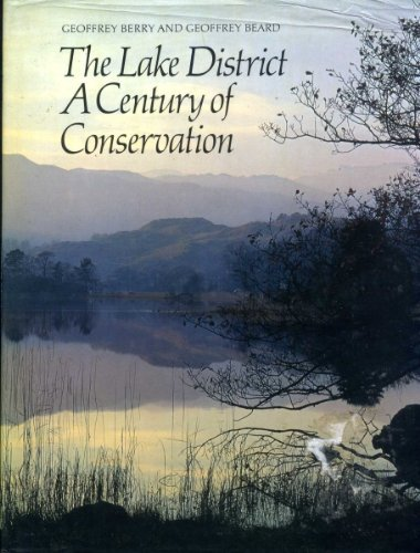 9780702882906: Lake District: A Century of Conservation