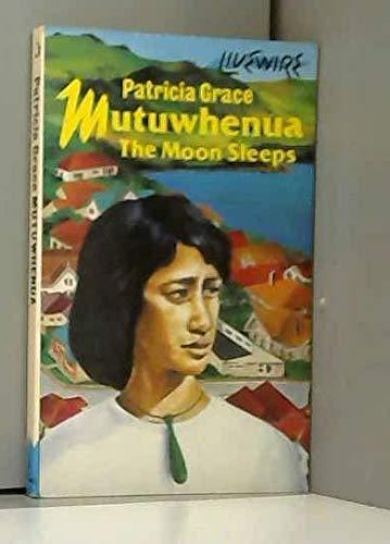 9780704349117: Mutuwhenua: The Moon Sleeps