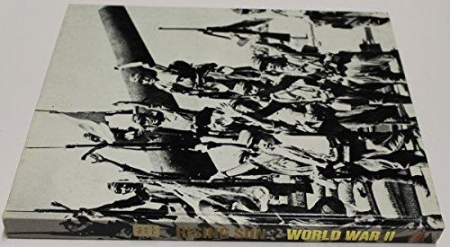 9780705405256: The Rising Sun (World War II)