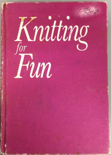 Knitting for Fun: Biggs, Diana, Illustrated by Photos