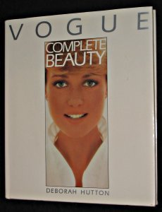 9780706416947: Vogue Complete Beauty