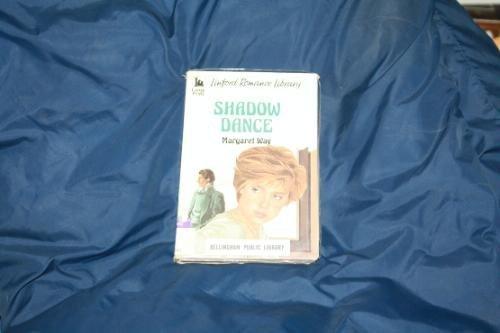 9780708960110: Shadow Dance (Linford Romance)