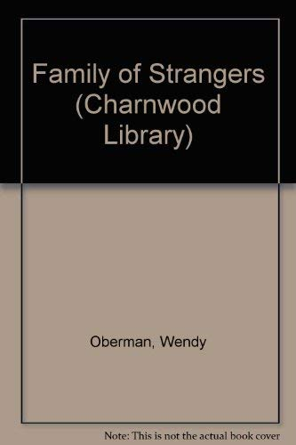 9780708984314: Family of Strangers (Charnwood Library)