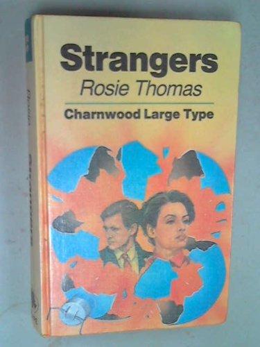 9780708984666: Strangers (Charnwood Library)