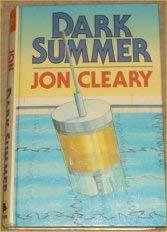 9780708987582: Dark Summer (Charnwood Library)