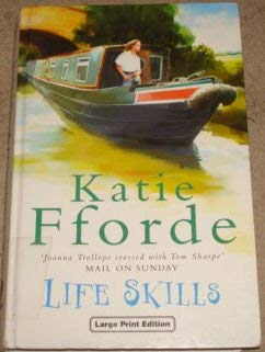 9780708992333: Life Skills (CH) (Charnwood Library)