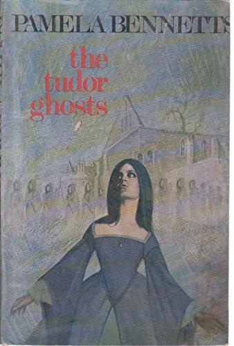 9780709115113: Tudor Ghosts