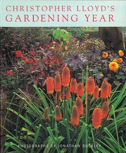 9780711218369: Christopher Lloyd's Gardening Year