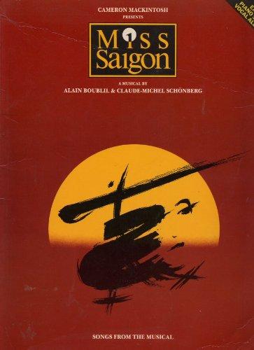 9780711925212: MISS SAIGON: A MUSICAL : EASY PIANO SOLO/VOCAL ALBUM
