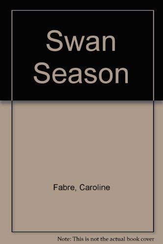 9780712653558: Swan Season