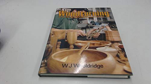 9780713440454: Woodturning