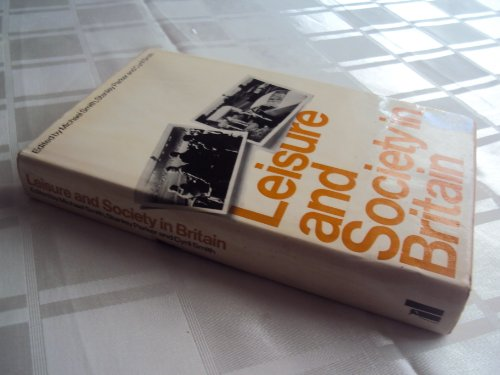 9780713902259: Leisure and Society in Britain