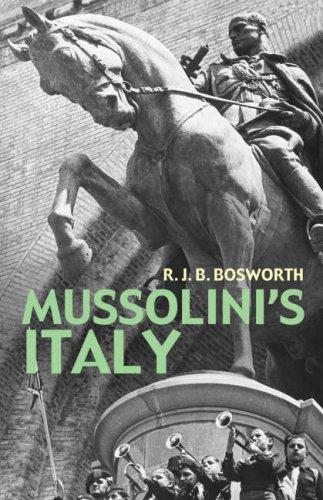 9780713996975: Mussolini's Italy: Life Under the Dictatorship 1915-1945