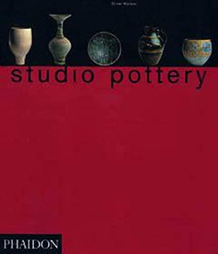 9780714829487: Studio Pottery: Twentieth Century British Ceramics in the Victoria and Albert Museum Collection