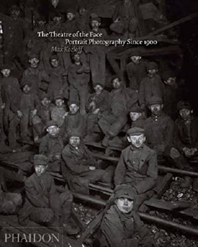9780714843728: The Theatre of the Face: Portrait Photography Since 1900