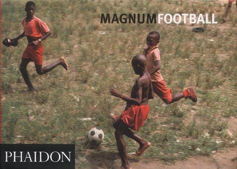 9780714893280: Magnum football