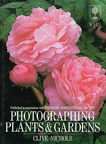 9780715301357: Photographing Plants & Gardens