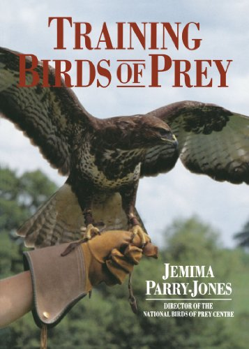 9780715312384: Training Birds of Prey
