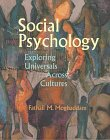 9780716728498: Social Psychology: Exploring Universals Across Cultures