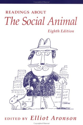 9780716733133: Readings About The Social Animal