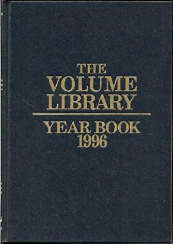 9780717210046: The Volume Library Yearbook 1996