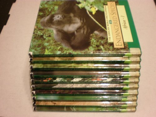 9780717271924: The Grolier World Encyclopedia of Endangered Species (10 volume set)