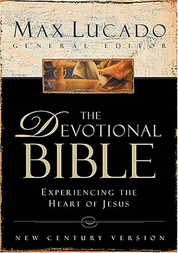 9780718003975: The Devotional Bible: Experiencing the Heart of Jesus (New Century Version)