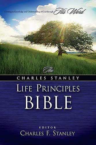 9780718012687: The Charles F. Stanley Life Principles Bible Indexed