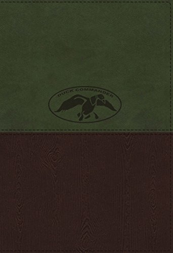9780718016425: NKJV, Duck Commander Faith and Family Bible, Imitation Leather, Green/Brown