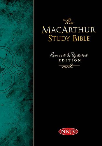 9780718019020: The MacArthur Study Bible: New King James Version, Black, Genuine Leather