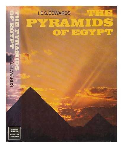 9780718110185: The pyramids of Egypt
