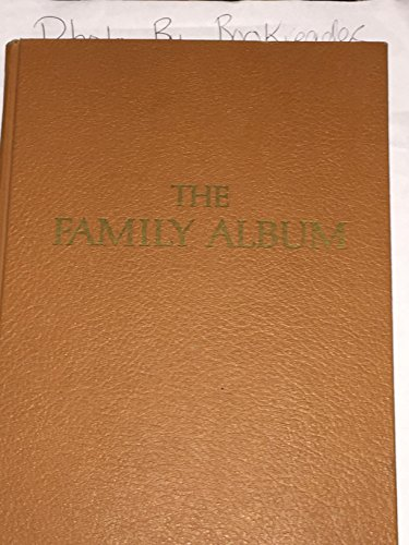 9780718125547: The Family Album
